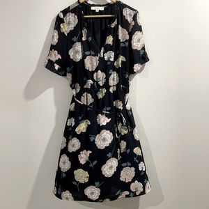 Loft by Ann Taylor Floral Short Sleeve Dress